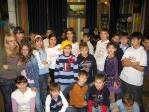 Школьники из трех стран встретились в Санкт-Петербурге